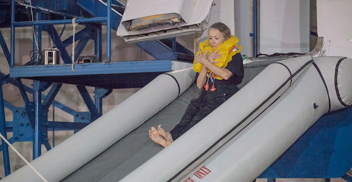 cabin-safety-executive-emergency-training-2